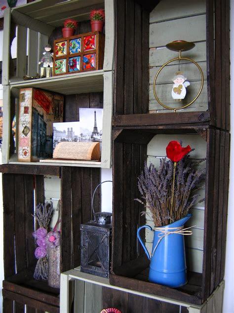 cassette frutta and antiques angolo d arredo con vecchie cassette da