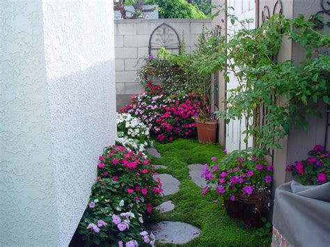 gardens for small spaces tropical garden in small space pdf