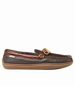Men 39 S Flannel Lined Handsewn Moccasin Slippers Free