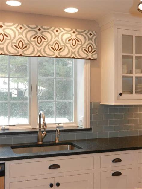 ideas for kitchen windows 15 best ideas about kitchen window valances on
