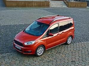 Ford Tourneo Courier Avis : forum ford tourneo courier panne auto m canique et entretien ~ Melissatoandfro.com Idées de Décoration