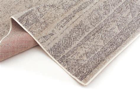 Tappeti Beige by Tappeto Wilton Sancia Beige Grigio Trendcarpet It
