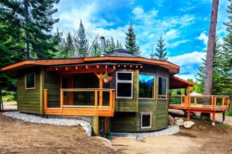 A Firsthand Look At The Magnolia 2300 Yurt
