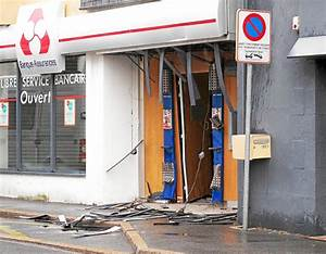 Casse Auto Finistere : banques deux casses la voiture b lier dans la nuit bretagne ~ Medecine-chirurgie-esthetiques.com Avis de Voitures