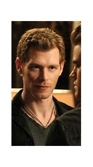 The Vampire Diaries: Klaus' 5 Best Outfits (& 5 Worst)