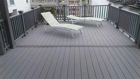 flooring add beauty     deck  lowes