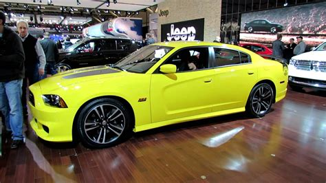 2012 Dodge Charger Srt8 Bee Horsepower by 2012 Dodge Charger Srt8 Hemi 392 Bee Exterior And
