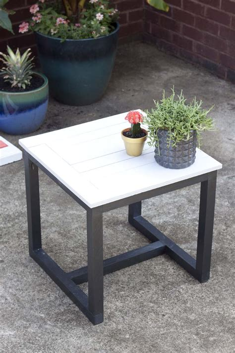 Garden Tables by Easy Diy Outdoor Garden Patio Furniture The Garden Glove