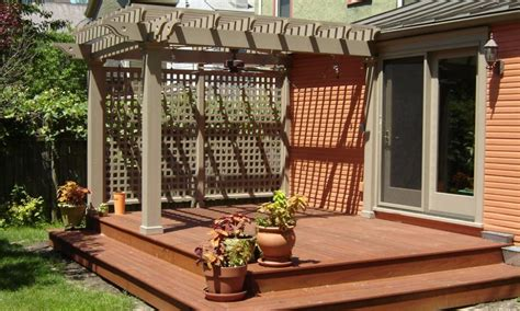Small Patio And Deck Ideas by Small Backyard Wood Decks Landscaping Gardening Ideas