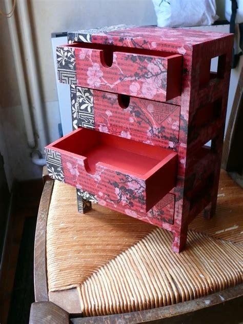 petit meuble a tiroirs en bois petit meuble 4 tiroirs en bois recouvert de papier d 233 copatch genre chinois et noir photo