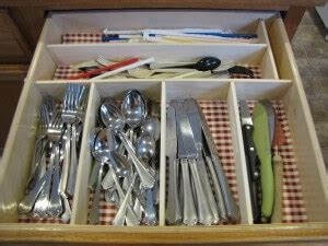 diy kitchen utensil drawer organizer diy drawer organizer for 6 living on a dime 8768
