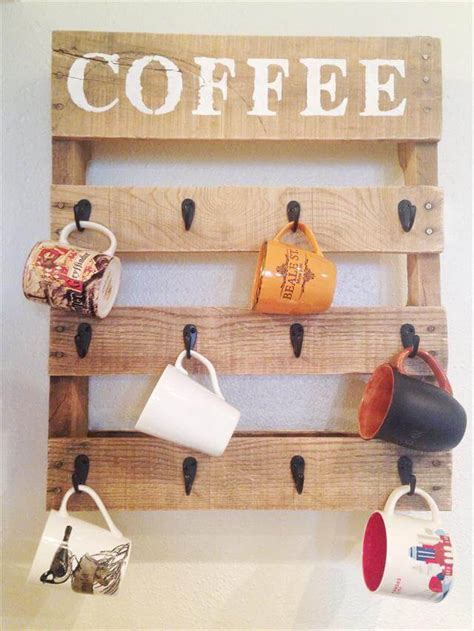 Diy coffee mug holder for your coffee bar! Pallet Coffee Cup Holder Tutorial : Do-it-Yourself   99 Pallets