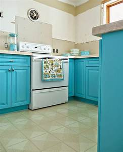 29 kitchen cabinet ideas for 2018 buying guide With what kind of paint to use on kitchen cabinets for purple wall art metal