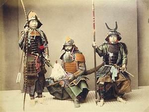 The Samurai: A Short History   www.historynotes.info