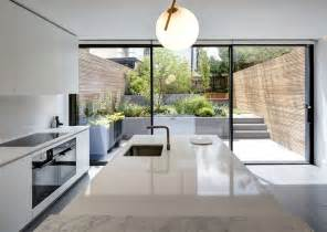 modern minimalist house  secluded courtyard  amrita mahindroo interiorzine