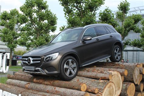2016 Mercedes Glc300 by 2016 Mercedes Glc 300 Sheds Boxy Style Gains New