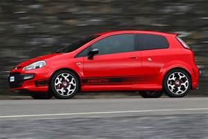 Fiat Punto Evo 2010 : abarth fiat punto evo review evo ~ Maxctalentgroup.com Avis de Voitures
