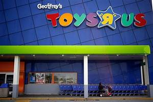 Toys 'R' Us Stokes Nostalgia by Breaking Into Song in ...