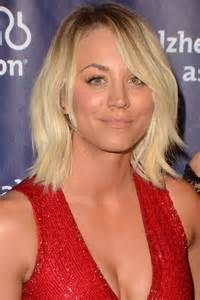 barretts hair kaley cuoco 39 s new summer hairstyle is a total blast from