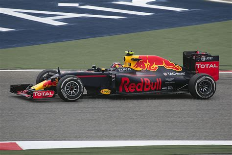 Red Bull Rb12 — Wikipédia