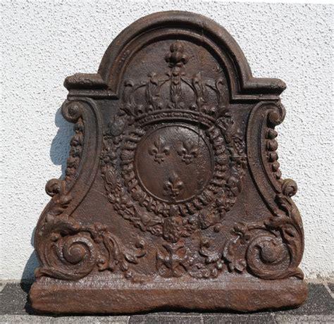 Metallisch Glaenzende Jalousien by Restaurierung Historic Firebacks Antike Kaminplatten
