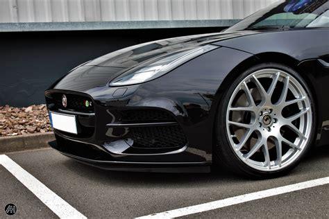 Jaguar F-type R Außenmontage