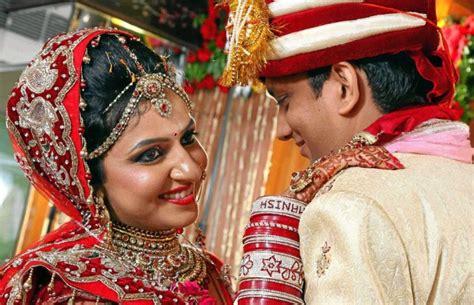 top  wedding photographers  delhi  indian
