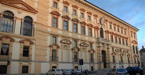 Pavia Medicina by Universit 224 Degli Studi Di Pavia Lo Strano Caso Dei