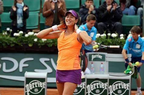 French Open 2018: World No.1 Simona Halep to Face Garbine Muguruza in Semifinal   LatestLY