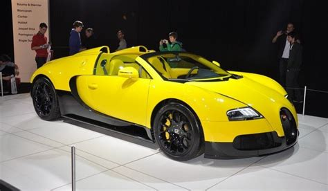 yellow bugatti bugatti veyron super sport black and yellow