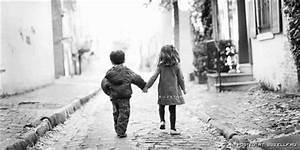 black,and,white,children,kid,love,photo,cute,holding,hands ...