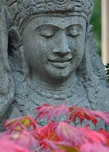 Buddha Figuren Garten Günstig : holzfiguren aus bali figuren aus kunstharz und holz figuren und skulpturen bambus kultur ~ Bigdaddyawards.com Haus und Dekorationen