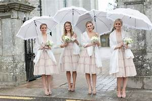 Ideas of unique styles of umbrella in wedding accessories for Umbrella wedding photos