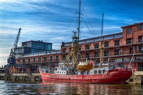 Lübeck Port Havn Cruise · Gratis Foto På Pixabay Garage Fertigteil Mieten Bonn Mit Satteldach Kosten Door Closers Ulrich Metallica Inc Bahnhof Auto In Der