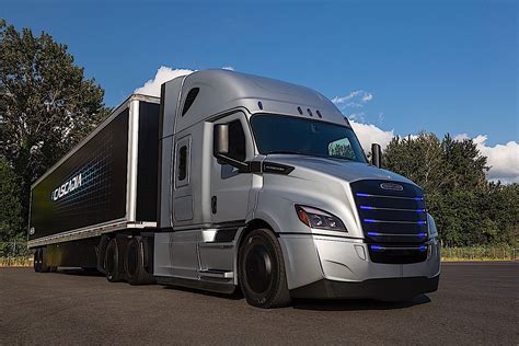 Daimler Reveals Testing Areas For Freightliner Electric