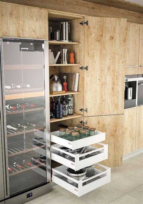 casserolier cuisine plan de travail cuisine blanche 9 le casserolier par