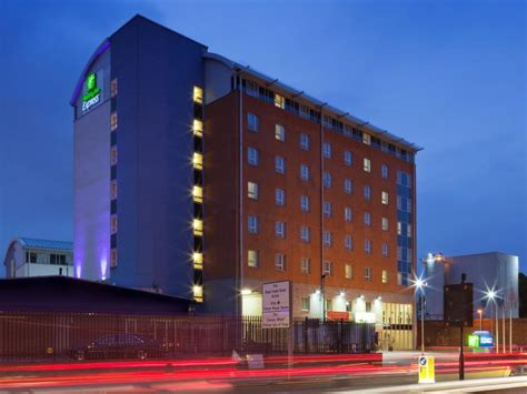price  holiday inn express london limehouse