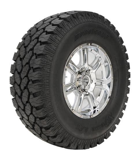 pro comp xtreme  terrain tire   blackwall