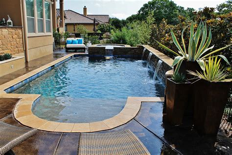 New Swimming Pool And Spa Combination Gallery
