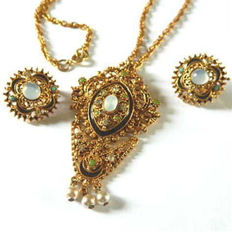 florenza necklace  earring set