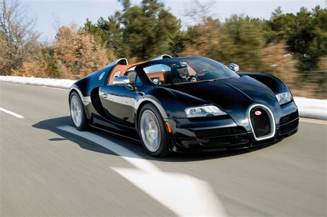 The bugatti veyron has a total of ten radiators: Bugatti Veyron 16.4 Grand Sport Vitesse :: 18 photos :: autoviva.com