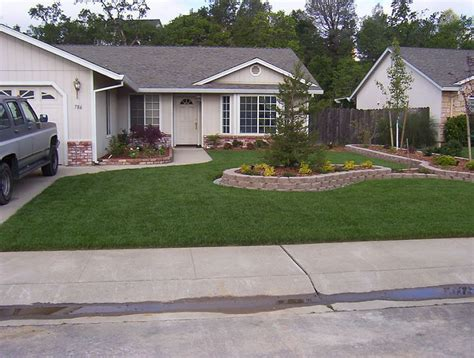 front lawn ideas low maintenance small front yard landscaping ideas low maintenance home design ideas