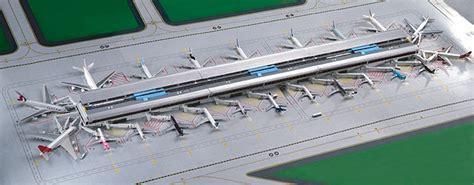 Gemini Jets 1 400 Scale Airport Terminal Set