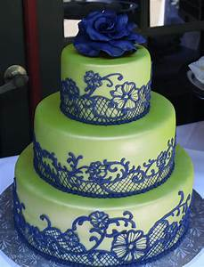 lime green and navy wedding cake - I'd prefer white to ...