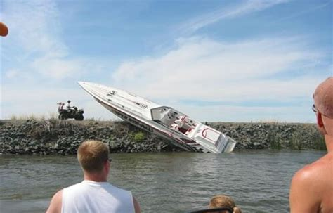 Boat Parking Fails by The Best Boating Fails Theskimonster
