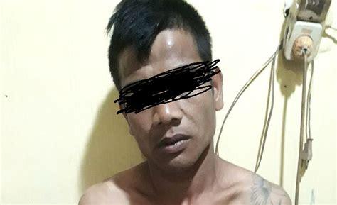 Jun 17, 2021 · tersangka pengedar narkoba yang ditangkap siang bolong diamankan di mapolresta pematangsiantar, kamis (17/6/2021). Hebatnya Maling di Medan, Visual Reklame Pun Dicuri di ...
