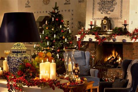 Dekorieren Mit Weihnachtsdeko Artikeln Das Ganze Jahr Ueber by Tipps F 252 R Eine Friedliche Stimmung Unterm Weihnachtsbaum