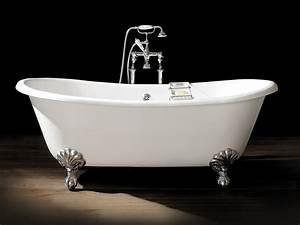 Badewanne Auf Füßen : badewanne auf f en design idee casadsn ~ Orissabook.com Haus und Dekorationen