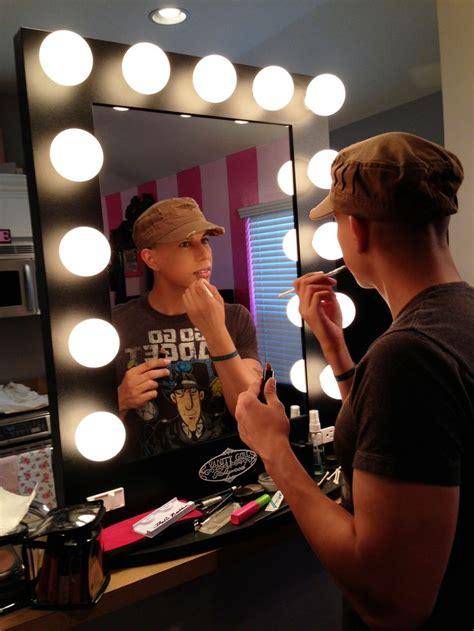 Makeup Vanity Desk With Lighted Mirror by Makeup Table Vanity Mirror Vanity