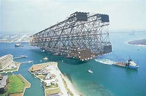 Picture of the Day: Just the Base of an Oil Platform Being ...
